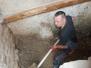 Vstup do sklepa - sanace schodů a zdiva, montáž mříží 19.6.2019 - 22.2.2020